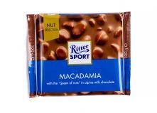 Молочный шоколад Ritter Sport с орехом макадамия Nut Selection 100 г