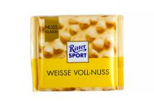 Шоколад Ritter Sport Nut Selection Белый с цельными лесными орехами 100 г