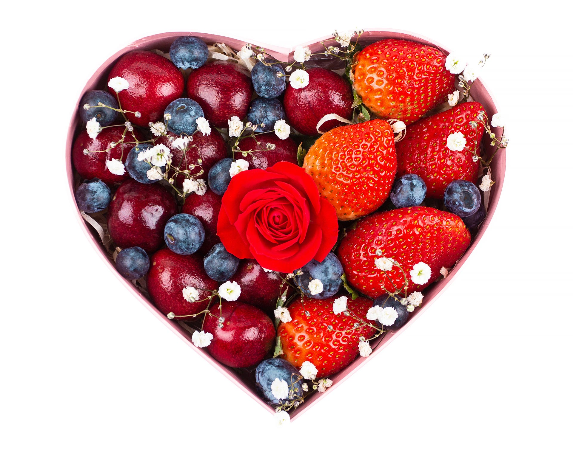 Подарочный набор фруктов Ягодное сердце с доставкой в Одессе