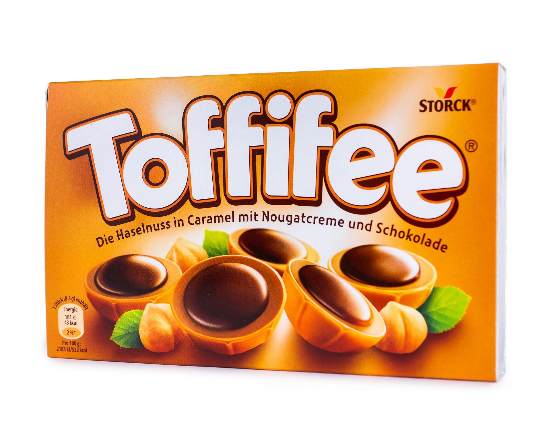 Конфеты Toffifee лесной орех в сливочной нуге 125 г